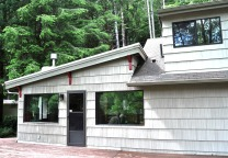 Riverhouse Front 1
